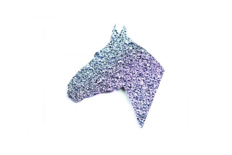 2D medium edged bar bespoke in horse shape